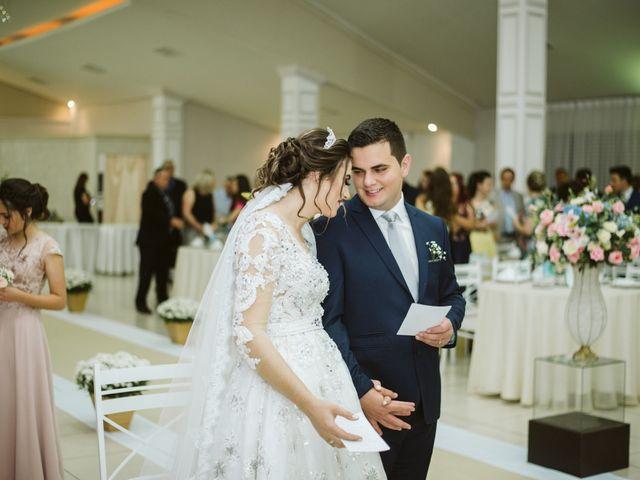 O casamento de Marlon e Rafaela em Pato Branco, Paraná 20