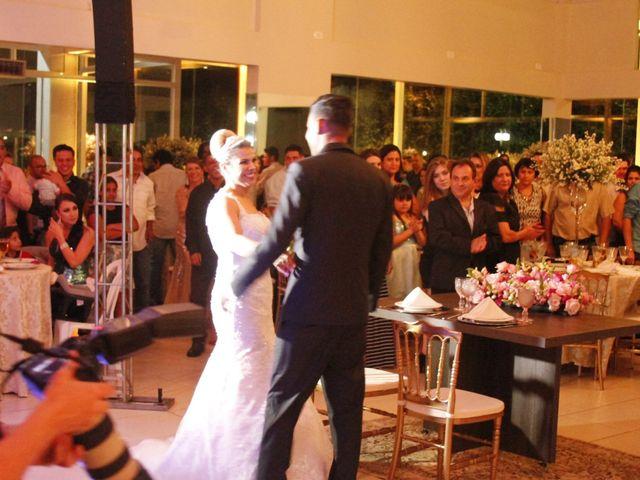O casamento de Paulo e Jaquelline  em Maringá, Paraná 18