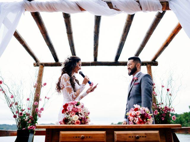 O casamento de Fábio e Giovana em Curitiba, Paraná 43