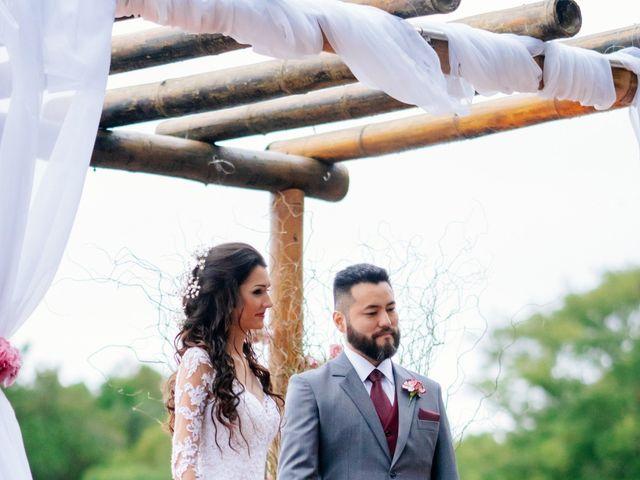 O casamento de Fábio e Giovana em Curitiba, Paraná 45