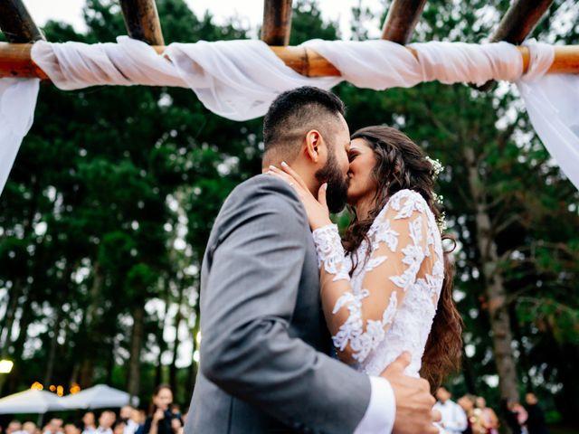 O casamento de Fábio e Giovana em Curitiba, Paraná 47