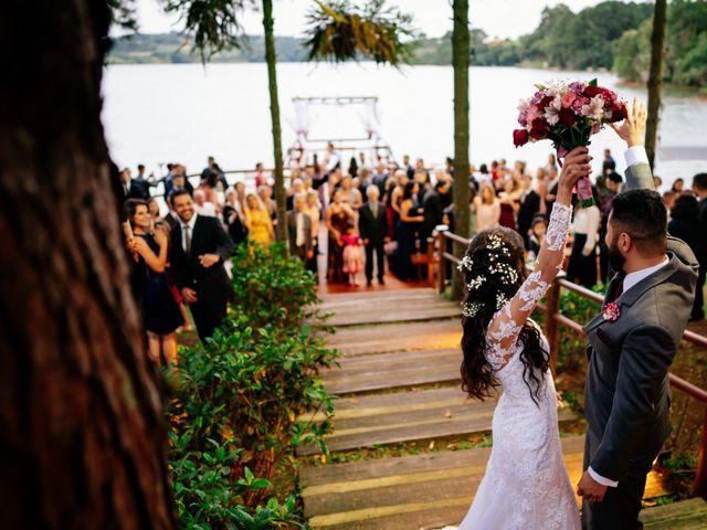 O casamento de Fábio e Giovana em Curitiba, Paraná 50