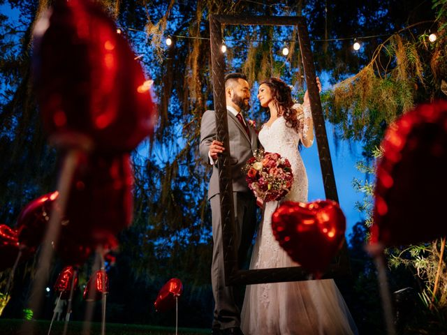 O casamento de Fábio e Giovana em Curitiba, Paraná 55