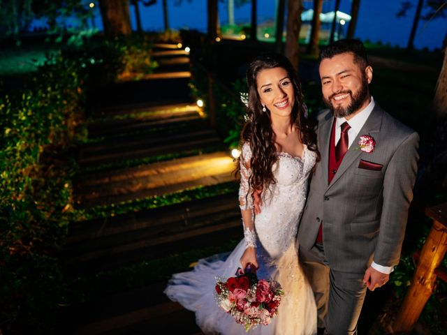 O casamento de Fábio e Giovana em Curitiba, Paraná 57