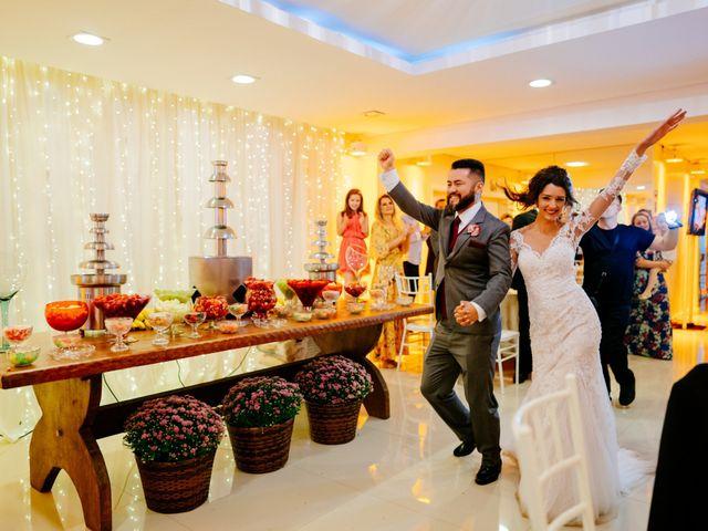 O casamento de Fábio e Giovana em Curitiba, Paraná 68