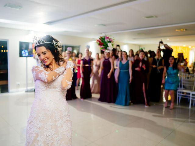 O casamento de Fábio e Giovana em Curitiba, Paraná 88