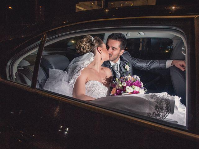 O casamento de Thiago e Gabriela em Porto Alegre, Rio Grande do Sul 8