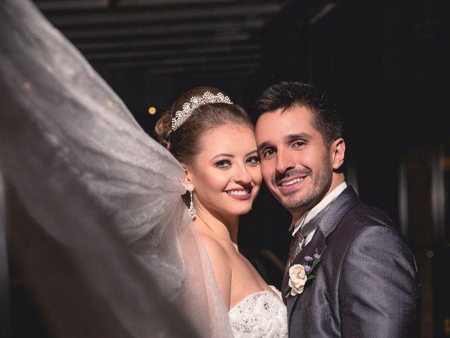 O casamento de Thiago e Gabriela em Porto Alegre, Rio Grande do Sul 9