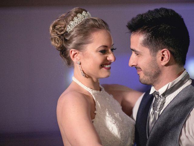 O casamento de Thiago e Gabriela em Porto Alegre, Rio Grande do Sul 11
