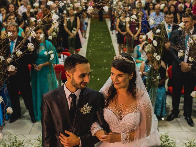 O casamento de Lucas e Priscielle em Tramandaí, Rio Grande do Sul 26