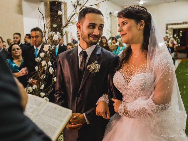 O casamento de Lucas e Priscielle em Tramandaí, Rio Grande do Sul 31