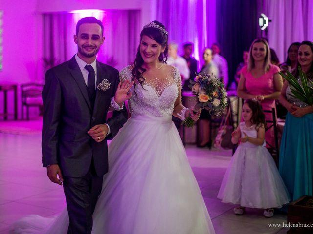 O casamento de Lucas e Priscielle em Tramandaí, Rio Grande do Sul 54