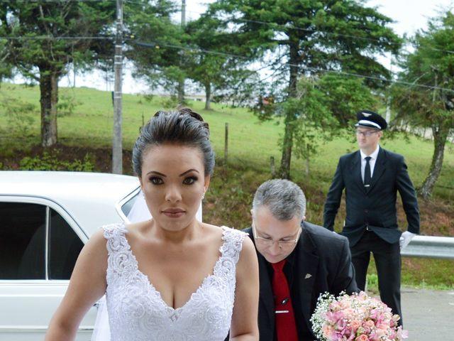 O casamento de Emerson e Francislaine em São José dos Pinhais, Paraná 33