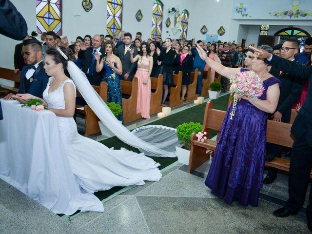 O casamento de Emerson e Francislaine em São José dos Pinhais, Paraná 49