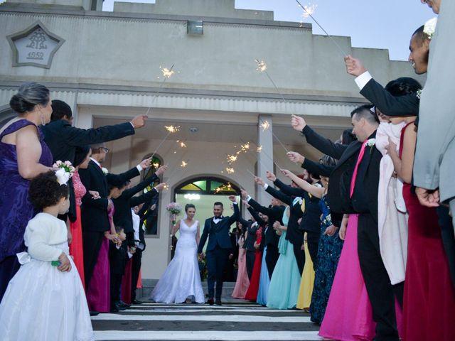 O casamento de Emerson e Francislaine em São José dos Pinhais, Paraná 58