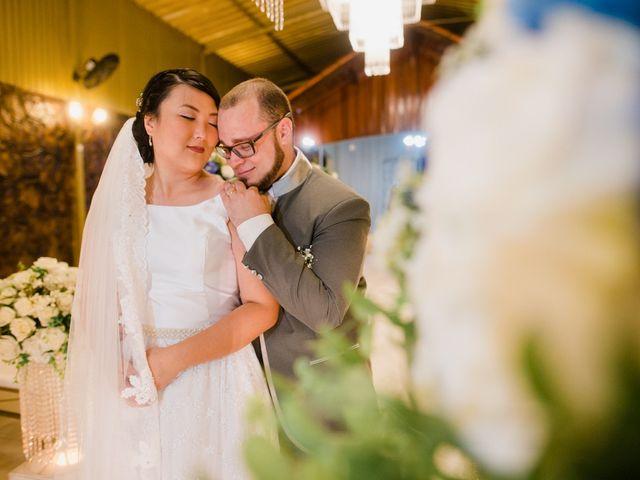 O casamento de Tiemi e Gabriel