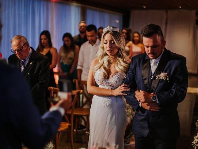 O casamento de Maira e Paulo em Itapema, Santa Catarina 21