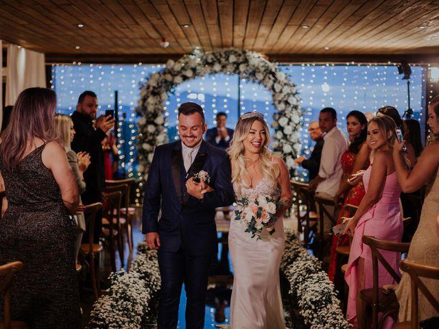 O casamento de Maira e Paulo em Itapema, Santa Catarina 1
