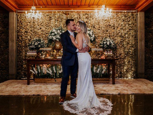 O casamento de Maira e Paulo em Itapema, Santa Catarina 23