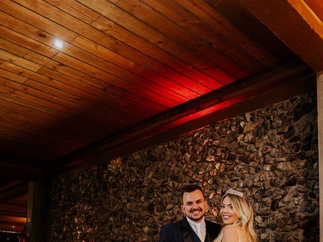 O casamento de Maira e Paulo em Itapema, Santa Catarina 28