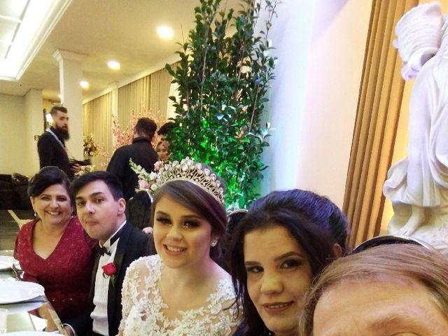 O casamento de Lucas e Kauane  em Curitiba, Paraná 3