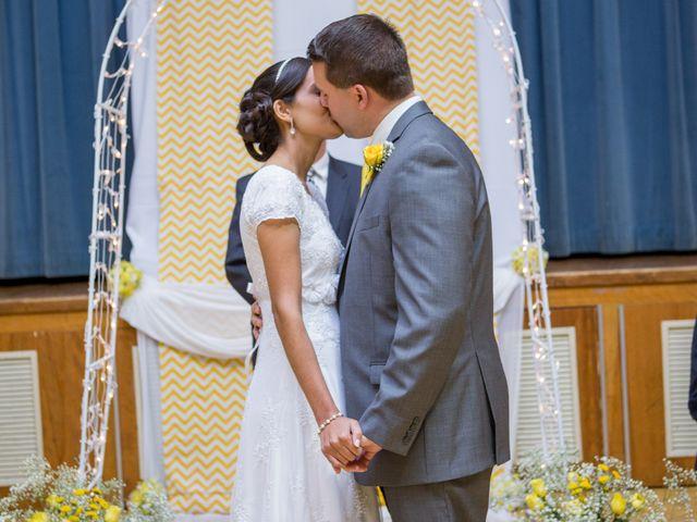O casamento de Nathan e Geyna em Filadélfia, Mato Grosso 15