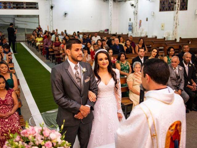 O casamento de Denis e Sarah em Belo Horizonte, Minas Gerais 39