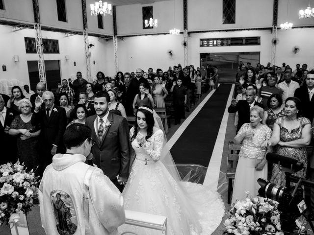 O casamento de Denis e Sarah em Belo Horizonte, Minas Gerais 40