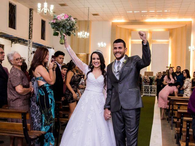 O casamento de Denis e Sarah em Belo Horizonte, Minas Gerais 41