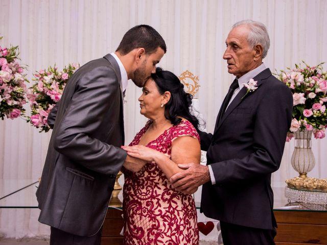 O casamento de Denis e Sarah em Belo Horizonte, Minas Gerais 44