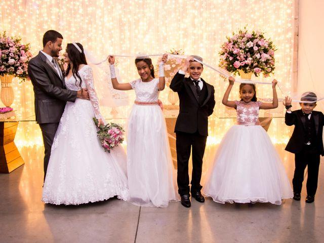 O casamento de Denis e Sarah em Belo Horizonte, Minas Gerais 45