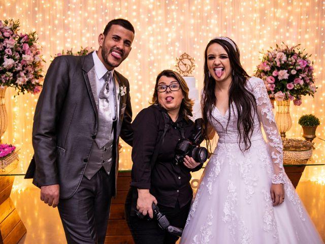 O casamento de Denis e Sarah em Belo Horizonte, Minas Gerais 50