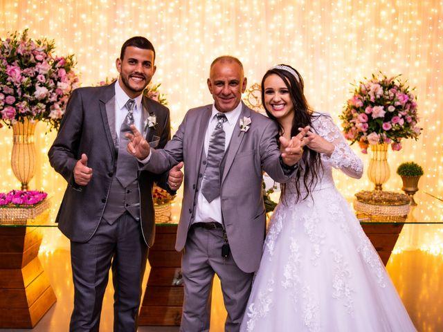 O casamento de Denis e Sarah em Belo Horizonte, Minas Gerais 51
