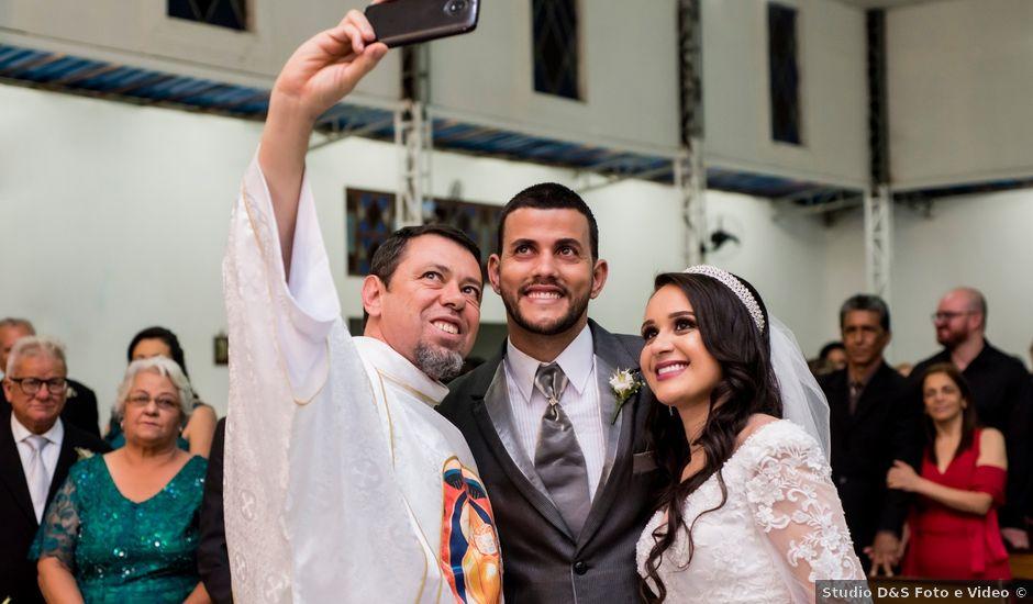 O casamento de Denis e Sarah em Belo Horizonte, Minas Gerais