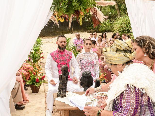 O casamento de Jader e Carol em Ubatuba, São Paulo 25