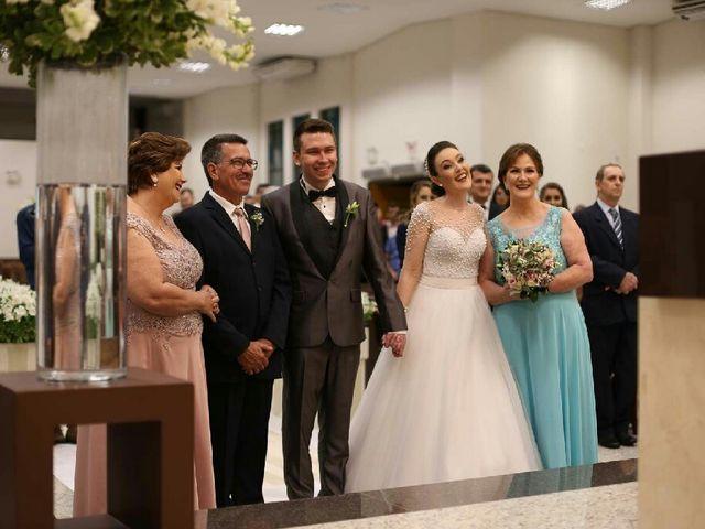 O casamento de Fernando  e Júlia em Joinville, Santa Catarina 23