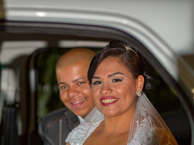 O casamento de Marcelo e Erica em Taubaté, São Paulo 23