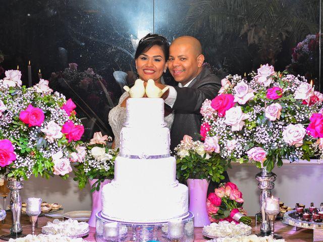 O casamento de Marcelo e Erica em Taubaté, São Paulo 30