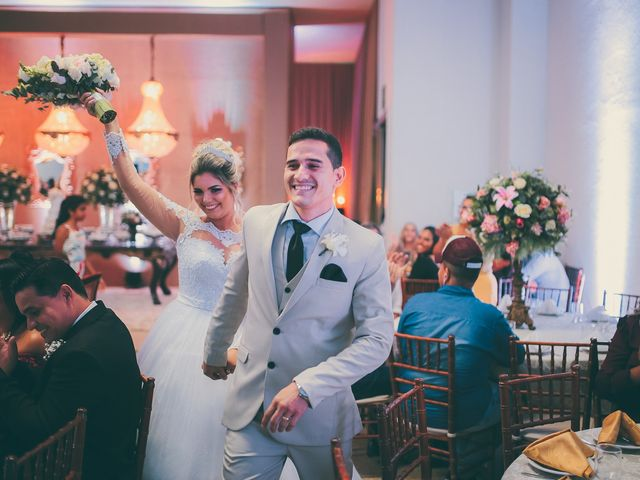 O casamento de Thaynara e Leo