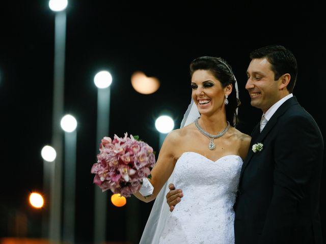 O casamento de Junior e Camila em Ponta Grossa, Paraná 42