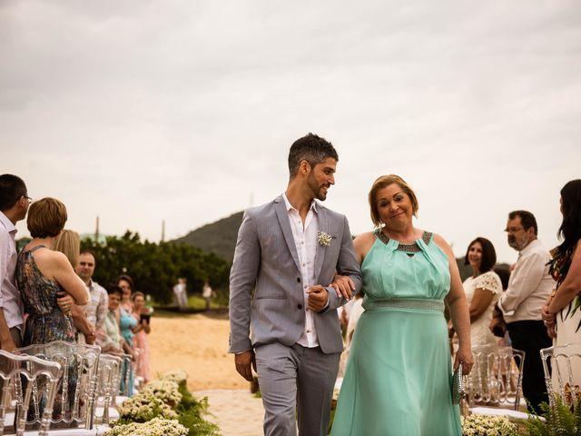 O casamento de Felipe e Milena em Balneário Camboriú, Santa Catarina 27