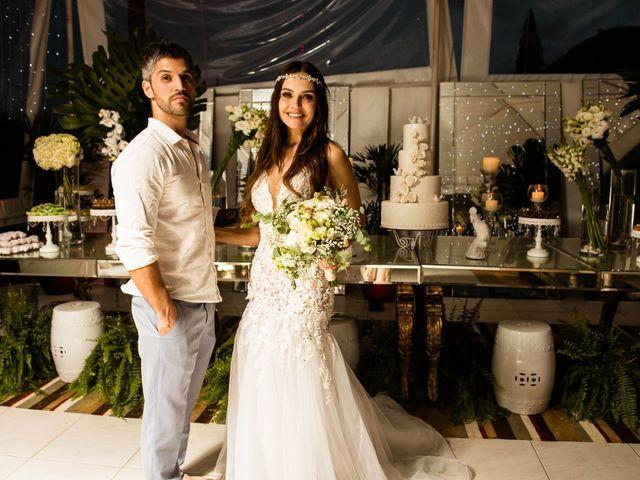O casamento de Felipe e Milena em Balneário Camboriú, Santa Catarina 53