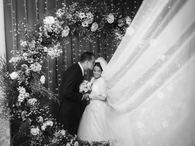 O casamento de Rafael e Rosineia em Sapezal, Mato Grosso 13