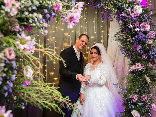 O casamento de Rafael e Rosineia em Sapezal, Mato Grosso 14