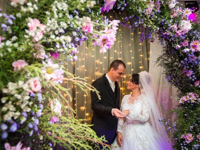 O casamento de Rafael e Rosineia em Sapezal, Mato Grosso 15