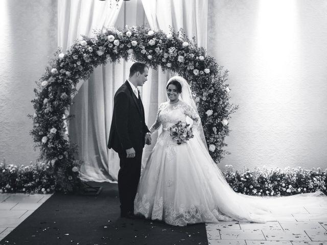 O casamento de Rafael e Rosineia em Sapezal, Mato Grosso 21