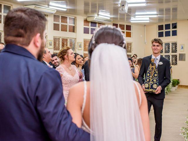 O casamento de Alexandre e Isabela em Campo Grande, Mato Grosso do Sul 31