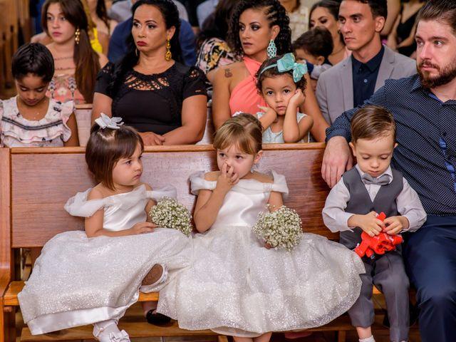 O casamento de Alexandre e Isabela em Campo Grande, Mato Grosso do Sul 37