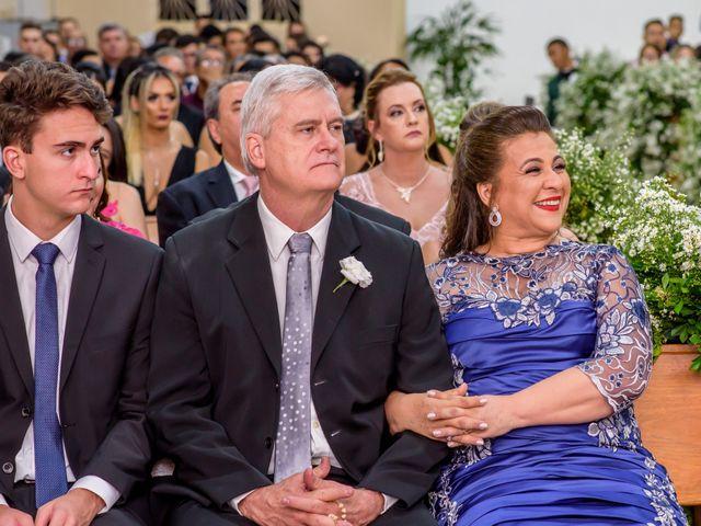 O casamento de Alexandre e Isabela em Campo Grande, Mato Grosso do Sul 38