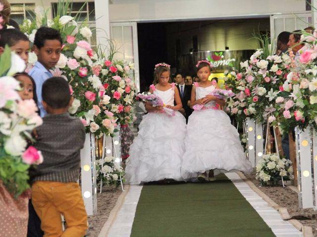 O casamento de RICARDO e ELLEM em Brasília de Minas, Minas Gerais 24